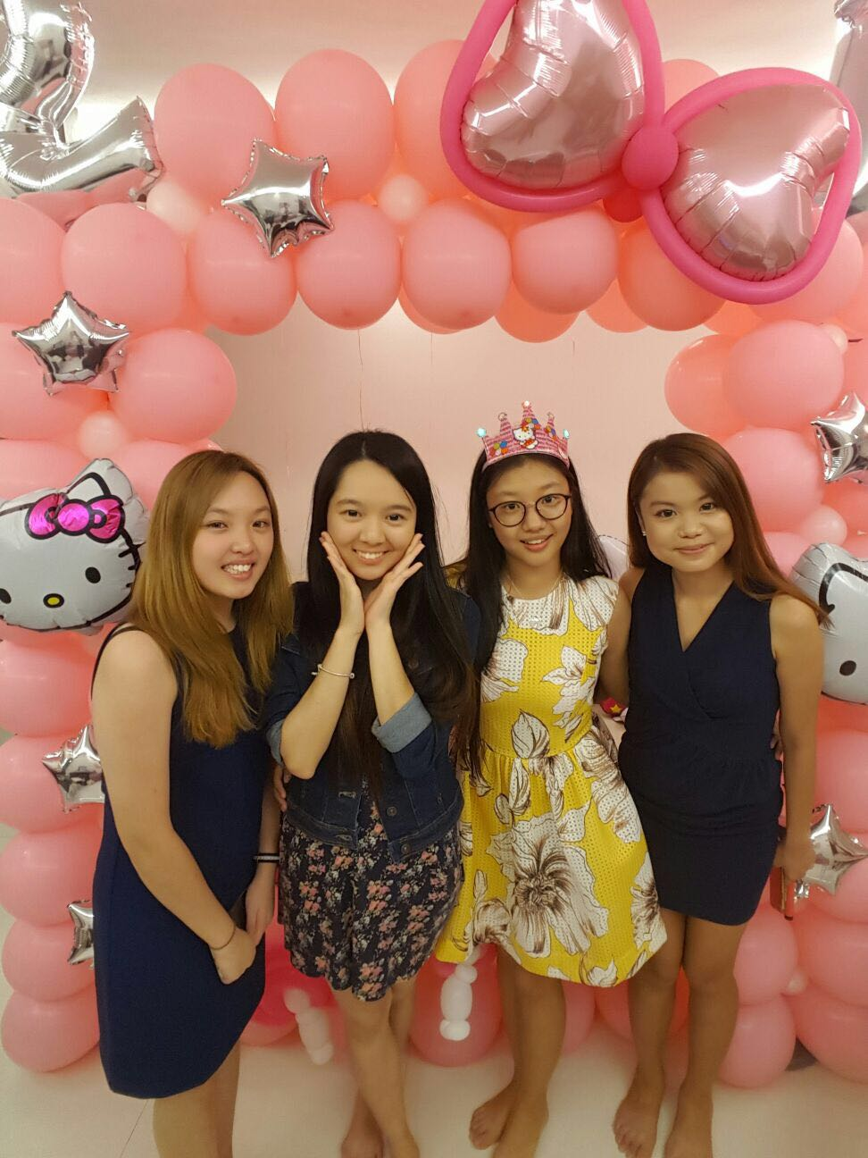 Professional balloon decorations in singapore the for 21st birthday decoration packages