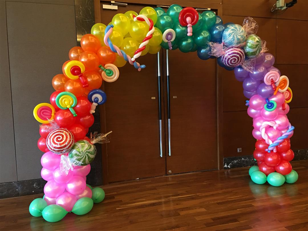 Premium balloon arch decorations in singapore the for Arch decoration supplies