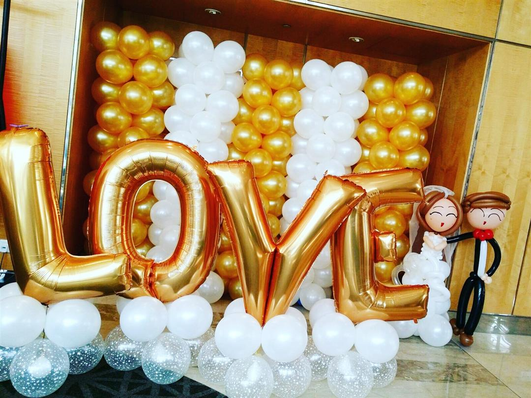 Singapore top balloon decorations balloon wall balloon for Balloon decoration for wedding
